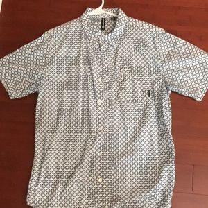 Like new men's casual shirt